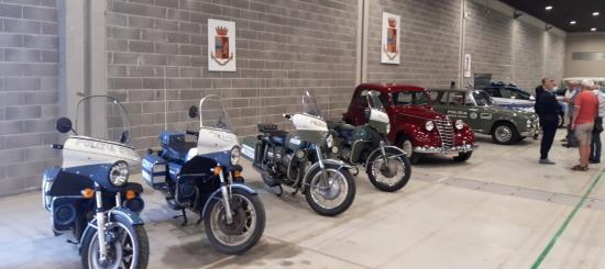 Arezzo Motors