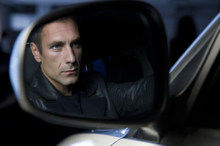 Raul Bova Calendario.Calendario Della Polizia 2012 Il Backstage Del Mese Di