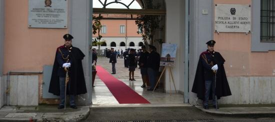 Inaugurata a caserta la scuola internazionale di polizia for Polizia di stato caserta permesso di soggiorno