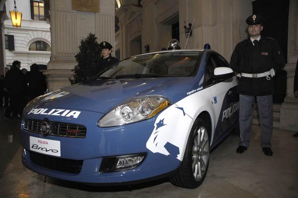 Fiat Bravo Con I Colori Della Polizia Di Stato Polizia Di Stato