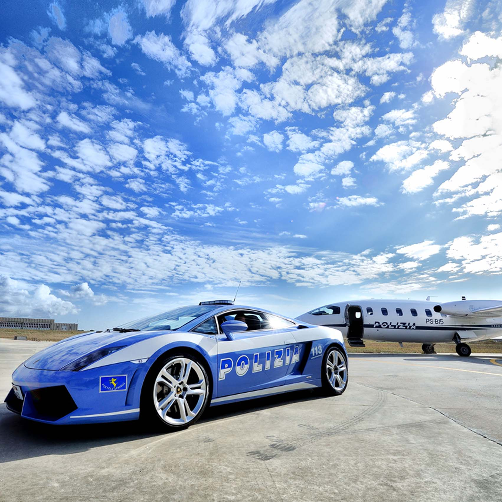 Elicottero Lamborghini : ° anniversario della polizia stradale le foto dal