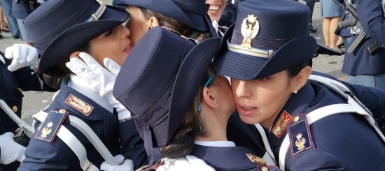 donne poliziotto