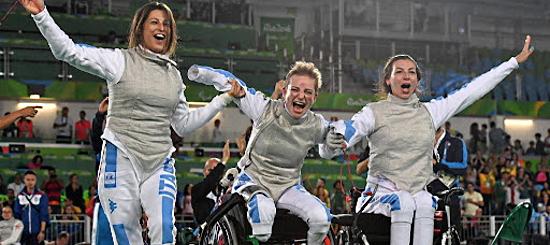argento fioretto a squadre paralimpiadi