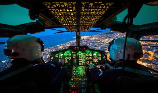 """Elicottero Notte : Il quirinale ospita """"orizzonti d italia dagli elicotteri"""