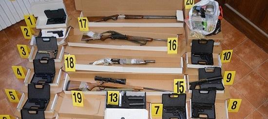 Armi trovate a Bologna