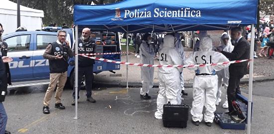 Polizia al Lucca comics