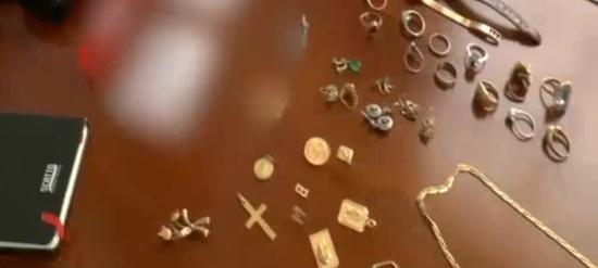 gioielli rubati e sequestrati dalla stradale di novara